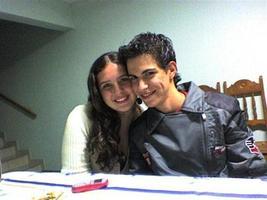 Foto do começo do namoro...carinhas de bebê! hahahaha