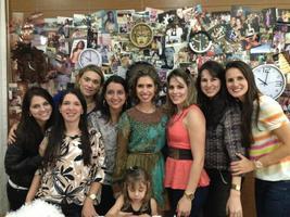 Só a mulherada: Alline, Gi, Jeane, Claudinha, Lelê, Mayana, Aline, Bia e Yana.