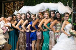 Todas sob o véu: Eline, Alline, Jeanne, Mayana, Aline, Poliana, Diana, Flavinha, Bia, Claudinha e Lelê.
