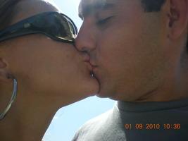 Uma das mil fotos de beijo que a gente tem!