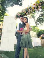 Completando um mês de namoro em um casamento...