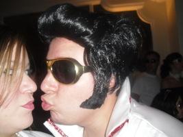 Mas o Elvis me quer...rs.