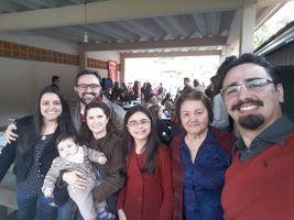 Porque essa é a família do Gê!!!