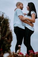 """""""  O amor não se explica, não se estuda, apenas se sente. O amor cura, liberta, e protege"""""""