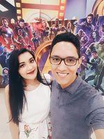 Assistindo Vingadores - Nós Adoramos Cinema!!